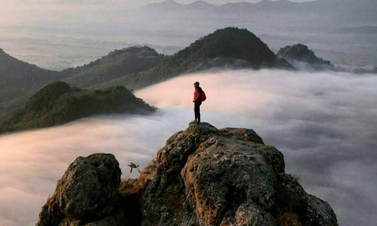 Bukit Cumbri Wonogir