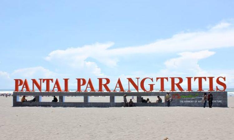 Pantai Parangtritis Yogyakar