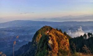 Gunung Lanang Mergolangu