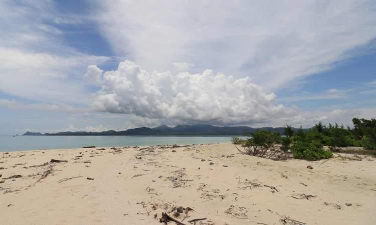 Pulau Gili Noko Gresik