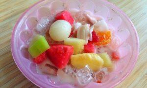 Sop buah pak ewok