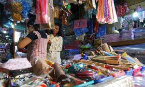 Souvenir di Pasar Johar