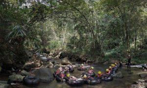 Aktifitas Seru Selama Berada di Cikadongdong River Tubing