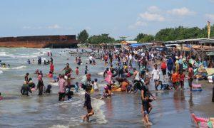 Aktivitas Menarik yang Dapat Dilakukan di Pantai Glayem