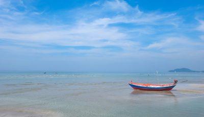 Wisata Pantai Karawang