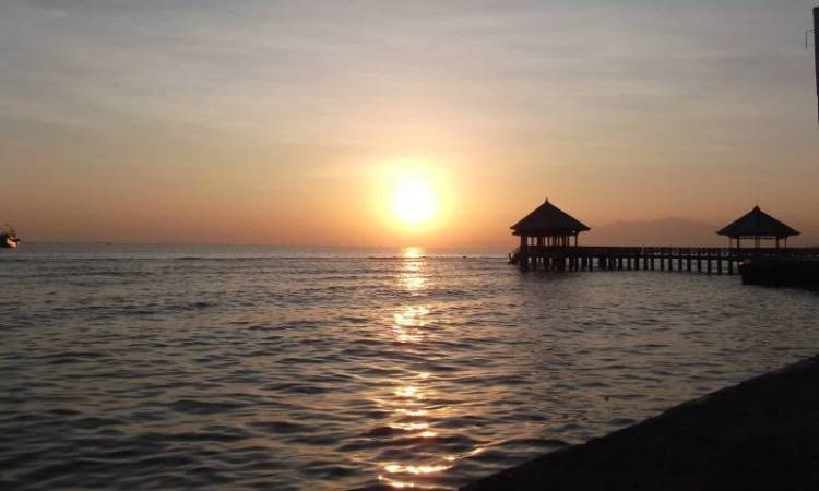 Dampo Awang Beach
