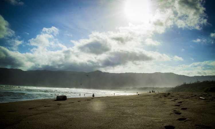 Pantai Pancer Door