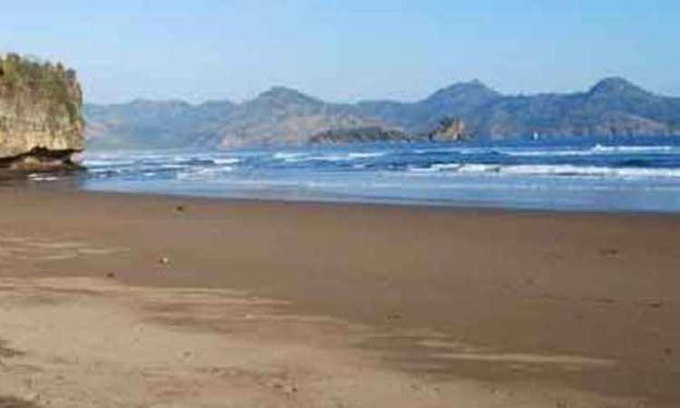 Pantai Kili Kili