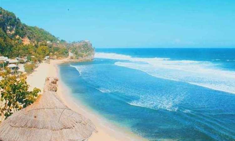 Pantai Pok Tunggal, Surga Bahari Berpasir Putih di Gunung Kidul