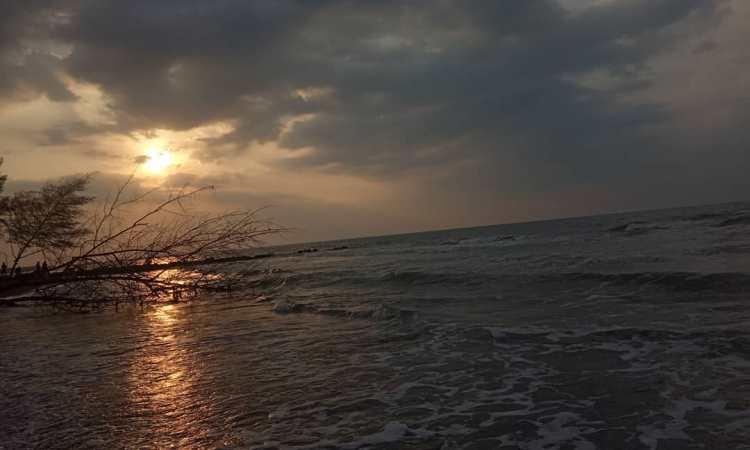 Pantai Sunter Depok Indah