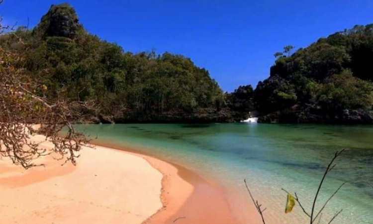Alamat Pulau Sempu