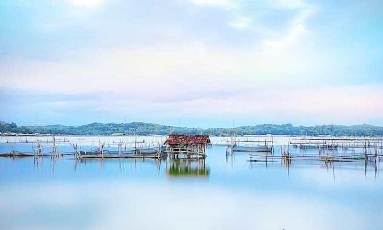 Rowo Jombor, Destinasi Wisata Hits Favorit Keluarga di Klaten