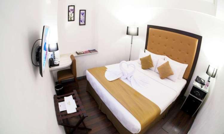 Hotel Maven