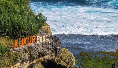 Pesona Pantai Kukup, Wisata Pantai Nan Eksotis di Gunung Kidul