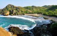 Indahnya Pantai Siung di Gunung Kidul, Panorama Laut yang Memukau di Balik Tebing