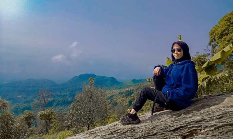 Kegiatan di Gunung Karang