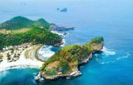 Pantai Batu Bengkung, Pantai Indah dengan Pemandangan Eksotis di Malang