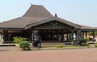 5 Rumah Adat Yogyakarta yang Unik & Sarat Makna