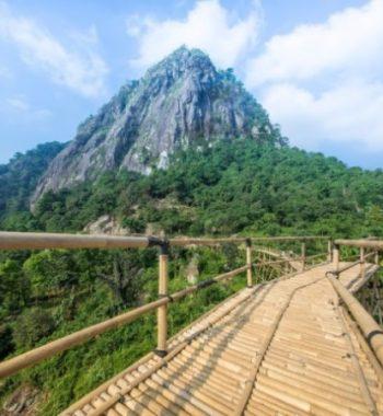 Sasak Panyawangan, Sensasi Melintasi Jembatan Bambu dengan View Keren