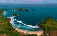 Pesona Pantai Peh Pulo, Surga Tersembunyi Nan Indah di Blitar